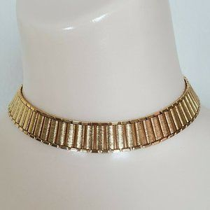 Vtg Textured Shiny Gold Tone Wide Collar Necklace